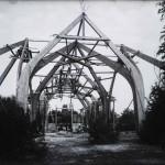Pavilionul Mobile.Lemn. Vedere din timpul construcției.